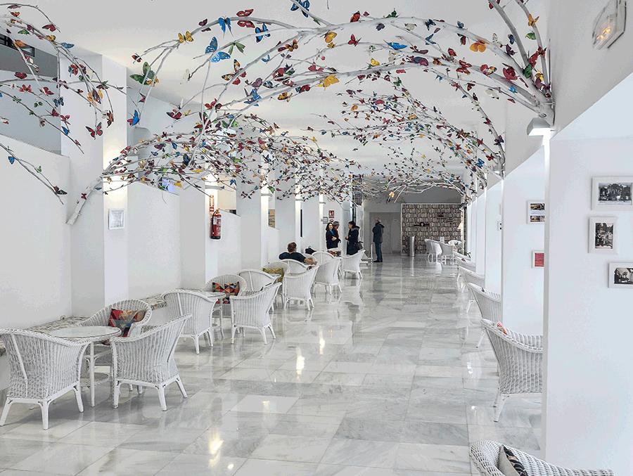 edificio_principal_bañosdemontemayor_mariposas